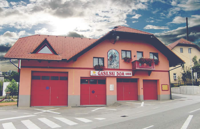 Gasilski dom PGD Žužemberk oktober 2013
