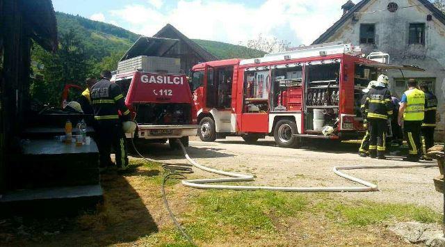 Požar stanovanjske stavbe v Gornjem kotu